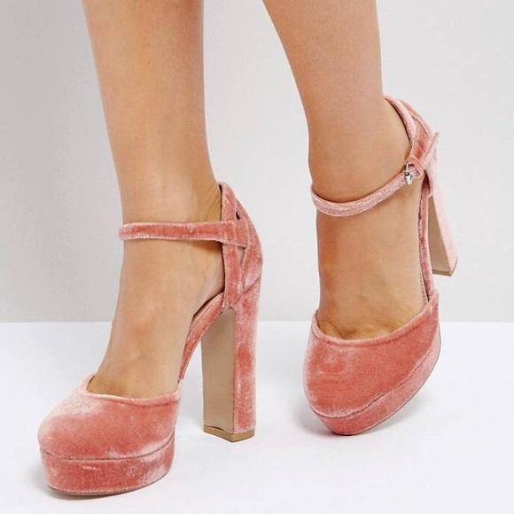 1cb777a4b14 💕Coco Wren Velvet Platform Shoe